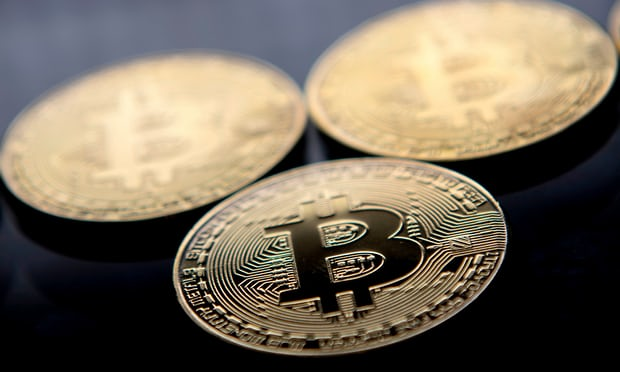 Bitcoin nears $10,000 mark as hedge funds plough in