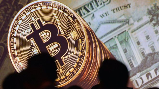 Bitcoin slump sees trades suspended on certain exchanges